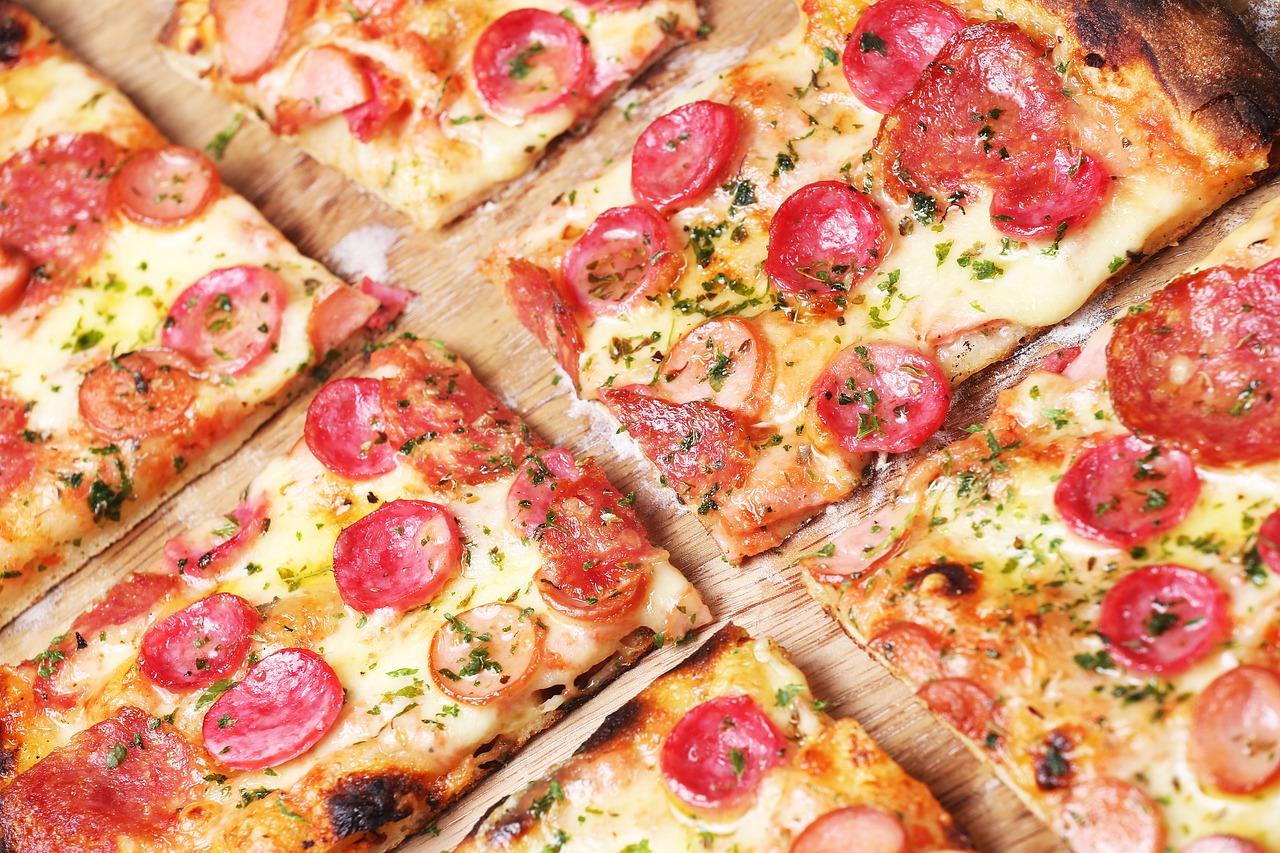Pizza w nocy w Krakowie – gdzie zjeść?